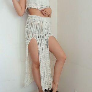 Dresses & Skirts - Crochet Beach maxi skirt with slits